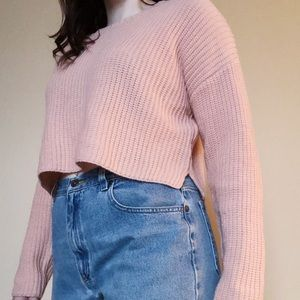 Crop sweater in blush
